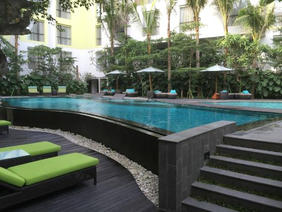 Plunge pool room picture of mercure bali legian legian for Pool show perth 2015