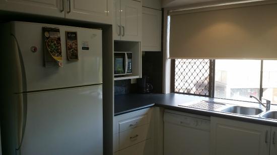 Grangewood Court Apartments Broadbeach: Kitchen