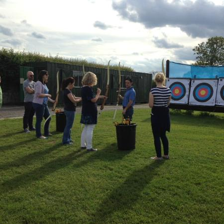 Abbeyfield Farm Country Pursuits : Archery - An Evening To Remember