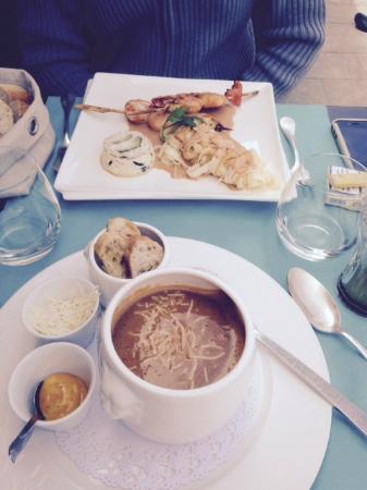 Au Vieux Honfleur : Soupe de poissons et brochette de Gambas