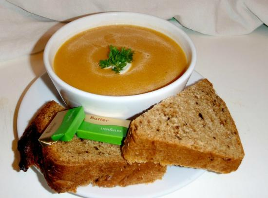 The Crafty Kitchen: Butternut Squash soup with homemade bread