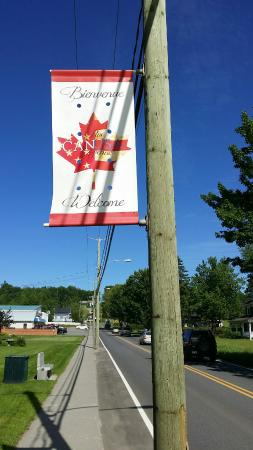 Stanstead, Canadá: Rue Canusa