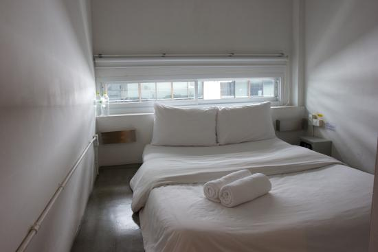 HQ Hostel Silom: Private bedroom