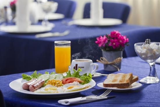 Sport Hotel: Завтрак
