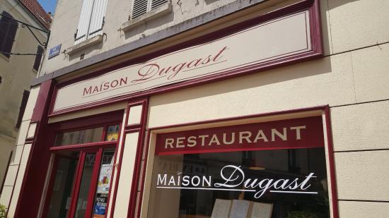 Maison Dugast