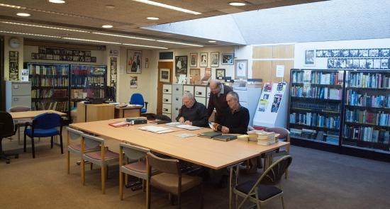 Loughton, UK: National Jazz Archive reading room