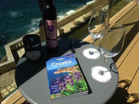 Villa Dubrovnik: Varanda do apartamento