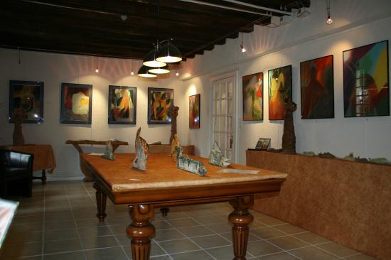 Chateau Sainte Catherine: Galerie d'art intérieure