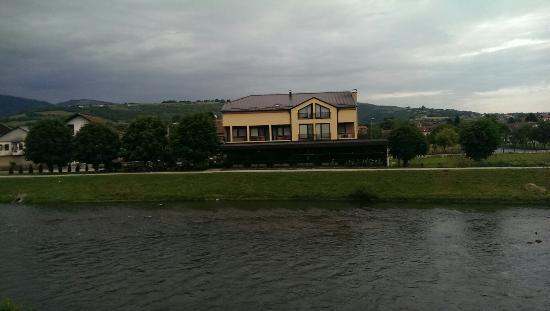 Motel Otoka: 12 godina