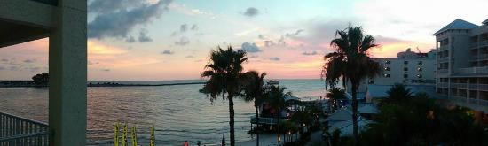 GulfView Hotel - On The Beach : Sunset and music from room 450