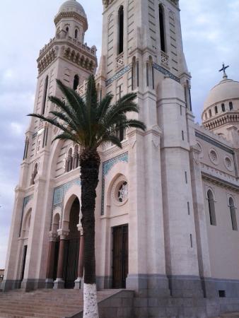 Basílica de Santo Agostinho, em Annaba