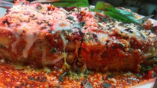 Bella's Restaurant: Pasta Al Forno