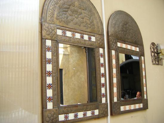 Specchi d 39 arredo foto di laspaghetteria reggio emilia for Specchi d arredo
