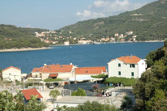 Villa Doris Apartments Stikovica: Panoramica sulla baia