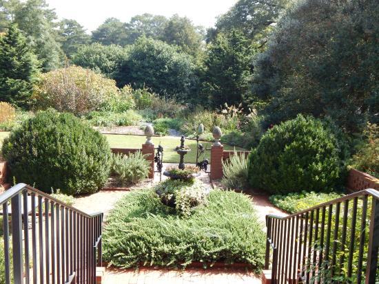 Smith Gilbert Gardens : Step into the Gardens from the Hiram Butler House