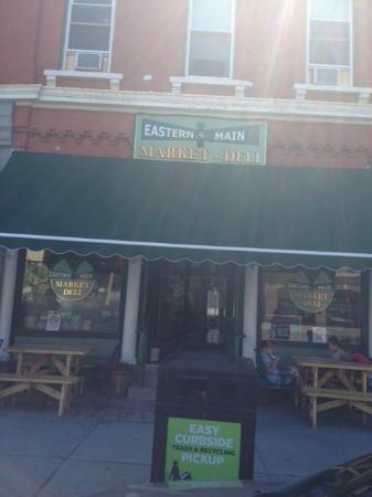 Eastern and Main Market Deli: East Main Market Deli