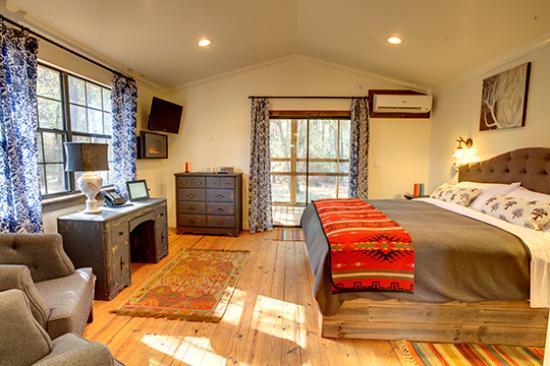 Deer Lake Lodge Resort & Spa: Cabin