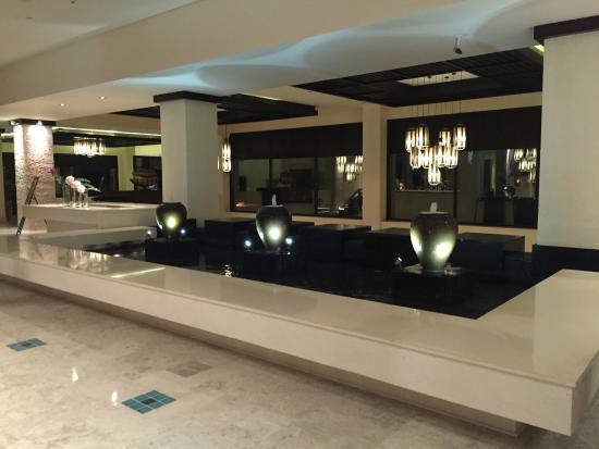 Anantara The Palm Dubai Resort: Hotel