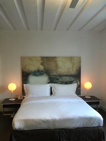 Anemi Hotel: la camera da letto #104
