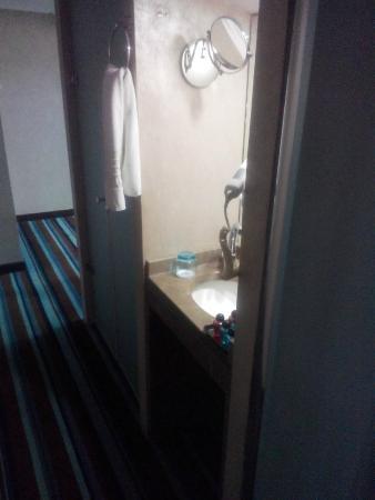 Notte Hotel: ayrı tuvalet,lavabo,duş