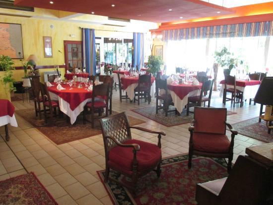 L'Aramon Gourmand : la salle intérieure