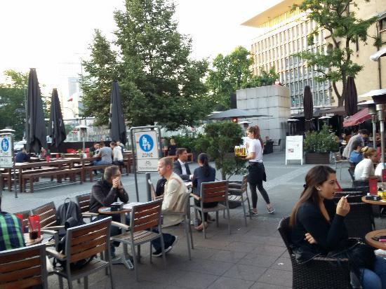 Turm Hotel Frankfurt Parkplatz