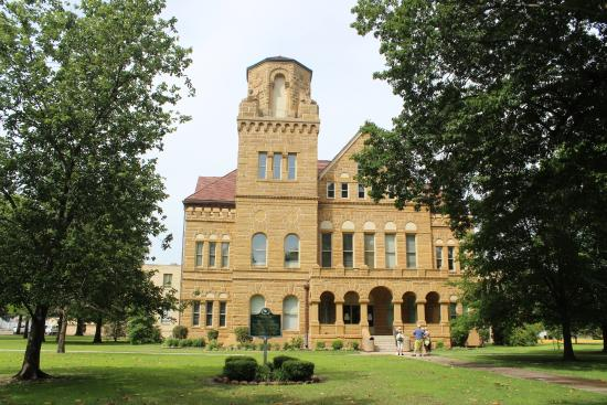 ‪Washington County Courthouse‬