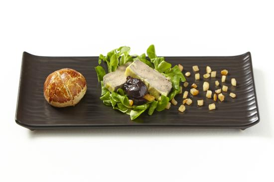 Merlo on Maple: Foie gras terrine, figs, raisins and oranges candied in porto wine, caramelized pear, house made