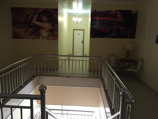 Kaikoesi Apartments : Hotel, zwembad, bar