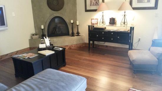 Inn at Desert Wind Winery: Sitting Area
