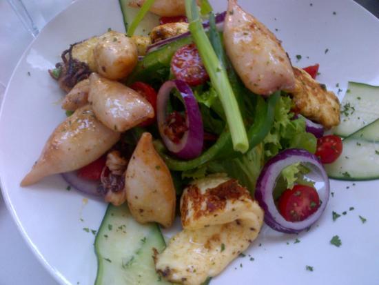 Spetada: Calamari salad