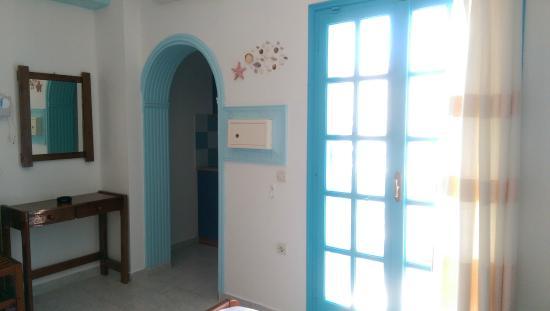 Lucia Villas: room