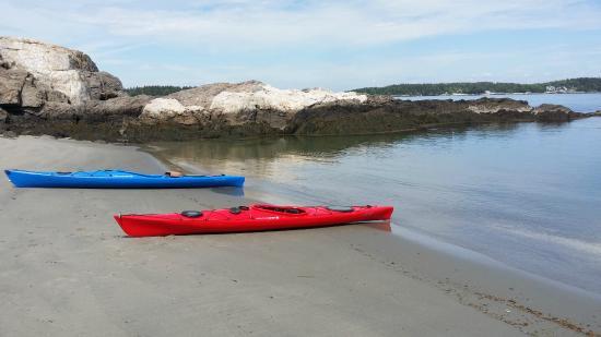 Hermit Island: Kayaking around the island