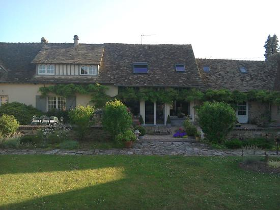 La Chaiserie : Back garden