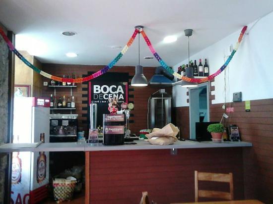 Boca de Cena: Sala inferior. Downstairs room.