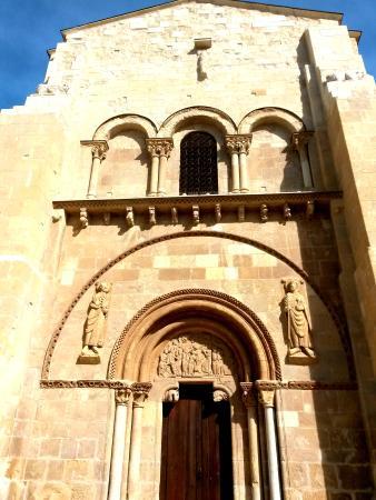 Colegiata - Picture of Museo Panteon San Isidoro de Leon ...
