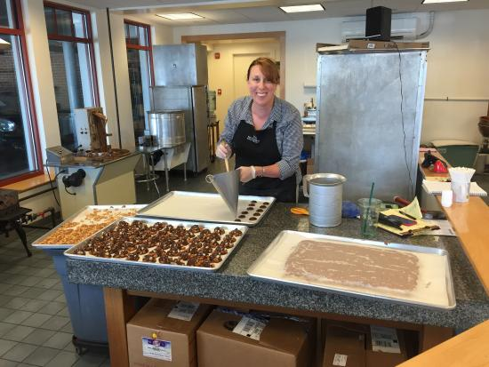Cape Ann Foodie Tours: Turtle Alley Chocolates - making the turtle chocolates - very Yummy!