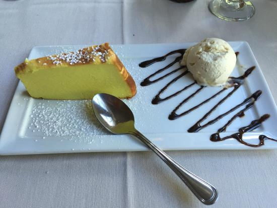 Georgetown CT Aranci 67 Buffalo Ricotta Lemon Cheesecake