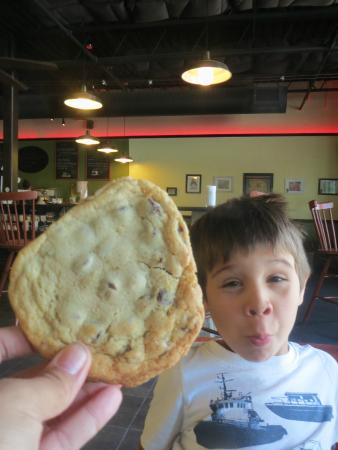 Mainely Wraps: Chocolate Chip Cookie