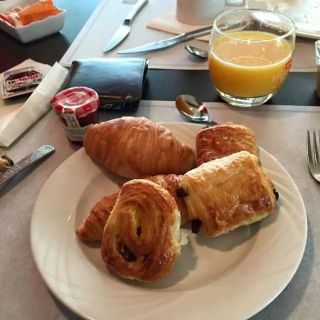 Best Western Plus Paris Orly Airport : breakfast. yummy