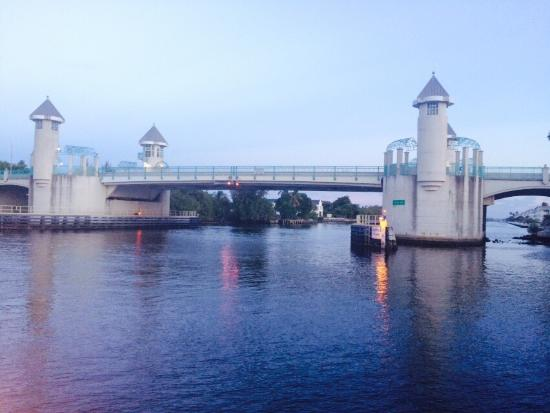 Two Georges Waterfront Grille: View