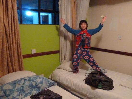 Grays Oak Hotel: twin beds