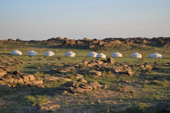 Dornogovi Province, Mongolia: Camp