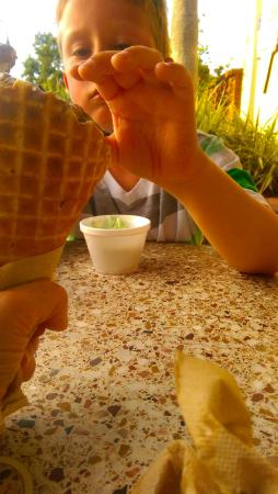 Strachan's Ice Cream and Desserts: Trying some triple chocolate!
