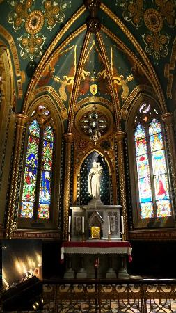 St. Francis Church: Mother Mary
