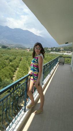 Larissa Blue Hotel: Вид из номера
