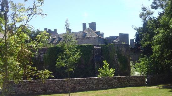 Chateau Fort de Pirou: who needs Disney?