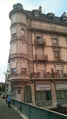 Des Tourelles: Здание жилого дома/отеля.