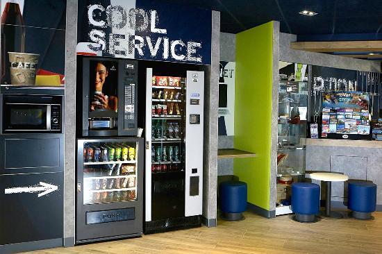 Ibis Budget Toulon Centre : COOL SERVICE
