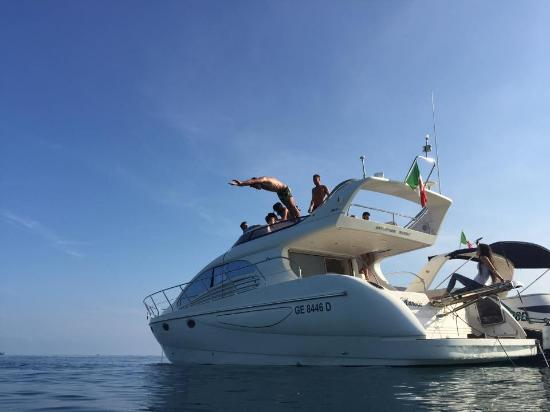 Italia Yacht Tours - Day Cruise